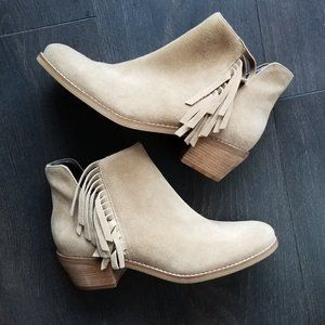 NWOT Cole Haan suede ankle boot size 8.5